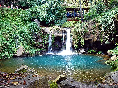16. Barranca del Rio Cupatítzio Michoacan